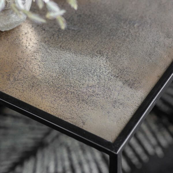 The Metal Frame Side Table Antique Gold